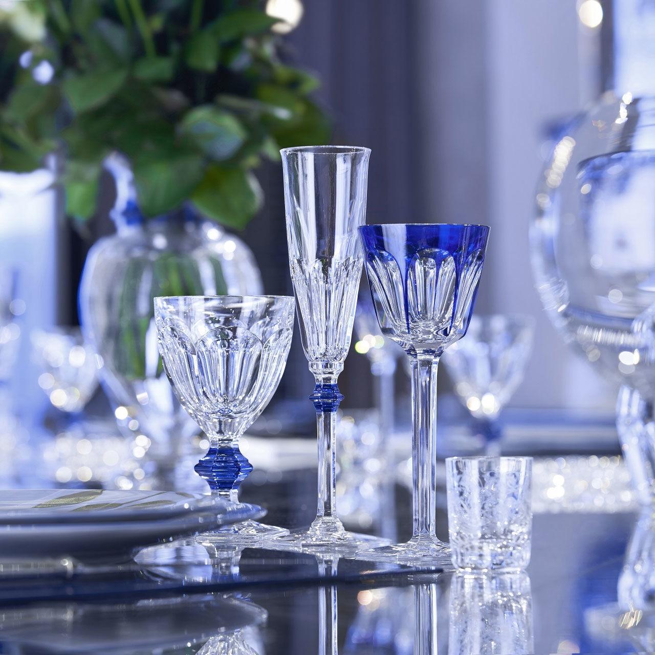 verre baccarat harcourt 1841 verre clair et bleu 2811102. Black Bedroom Furniture Sets. Home Design Ideas